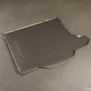 Багажник Mazda 3 SD  (NPL) ПЭ 500 руб ПУ 1050 руб